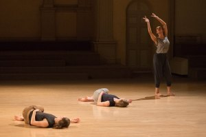 Sarah Hillmon in Amid by Suzanne Beahrs Dance. Photo by Christopher Duggan.